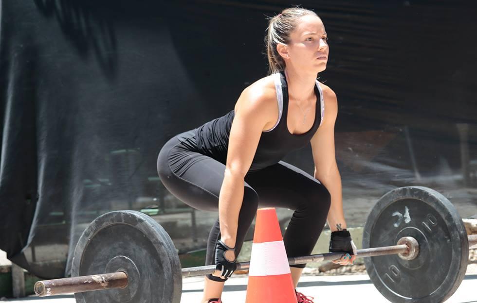 Las mujeres también practican crossfit en Cuba