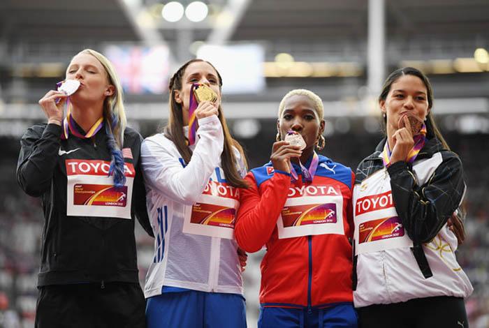 De izquierda a derecha Sandi Morris, Ekaterino Stefanidi, Yarisley Silva y Robeilys Peinado