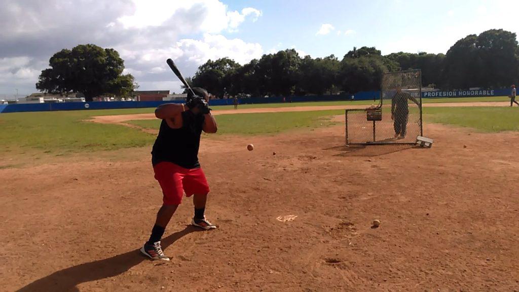 Lerys Aguilera durante en showcase de la MLB en República Dominicana