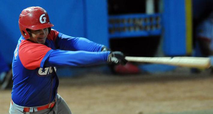 El granmense Carlos Benítez ha conseguido tres grand slams en la actual campaña. Foto: Tomada de Granma.