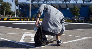 """El Baseball5 adopta muchas de las reglas del """"cuatro esquinas"""" callejero. Foto: Lissette Rosabal."""