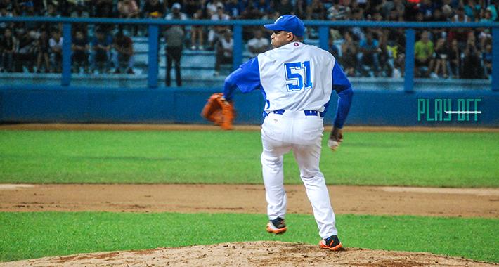 Una vez más Freddy Asiel lanzó un gran juego, uno que mereció ganar. Pero, una vez más, se fue sin la victoria. FOTO: Gabriel García Galano.