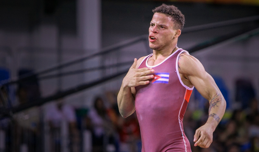 Campeón olímpico cubano Ismael Borrero de alta médica
