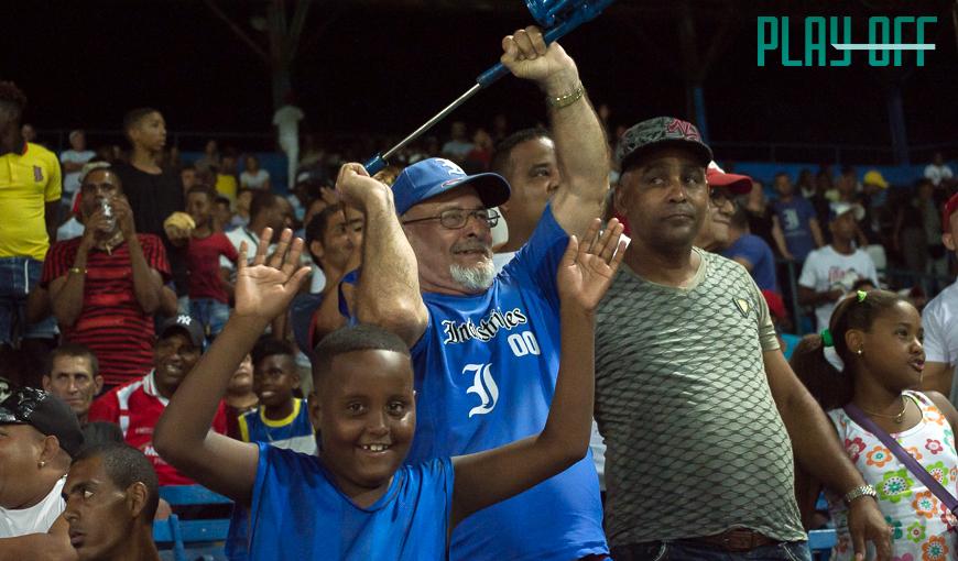 ¿Está en crisis el béisbol cubano?