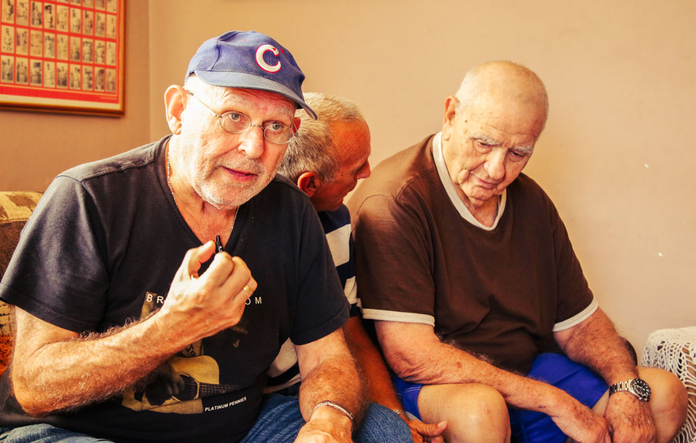 Cuando un amigo se va: homenaje a Peter Bjarkman