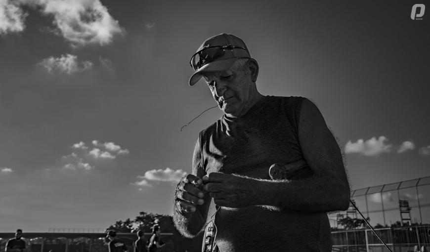 Entrenando béisbol en Cuba