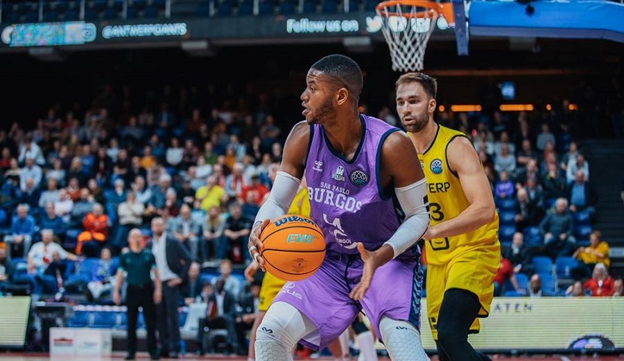 A la conquista de Europa: tres baloncestistas cubanos a la Basketball Champions League