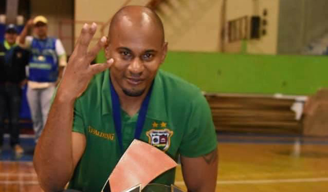 Entrenador cubano en El Salvador: cumpleaños en cuarentena, pero saludable