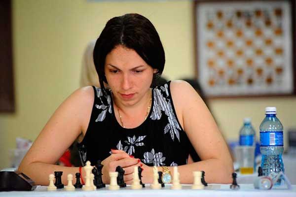 Cubanas mandan en torneo Batalla de América de ajedrez