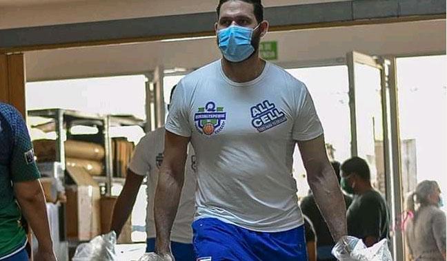 Baloncestistas cubanos prestan ayuda solidaria en El Salvador