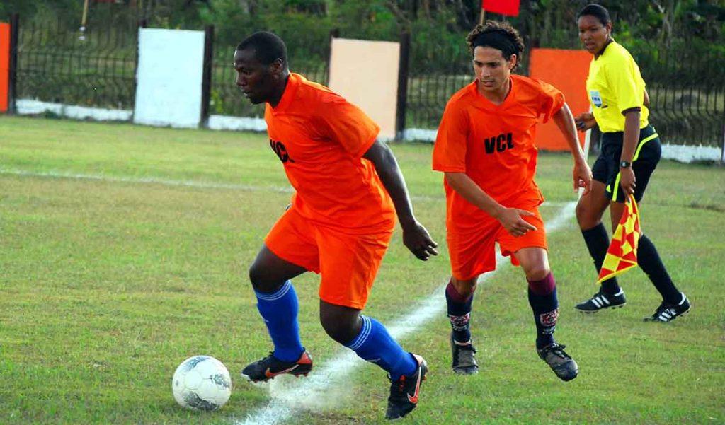 Roberto Linares futbolista cubano con Villa Clara