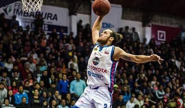 Adriano Barreras baloncesto cubano