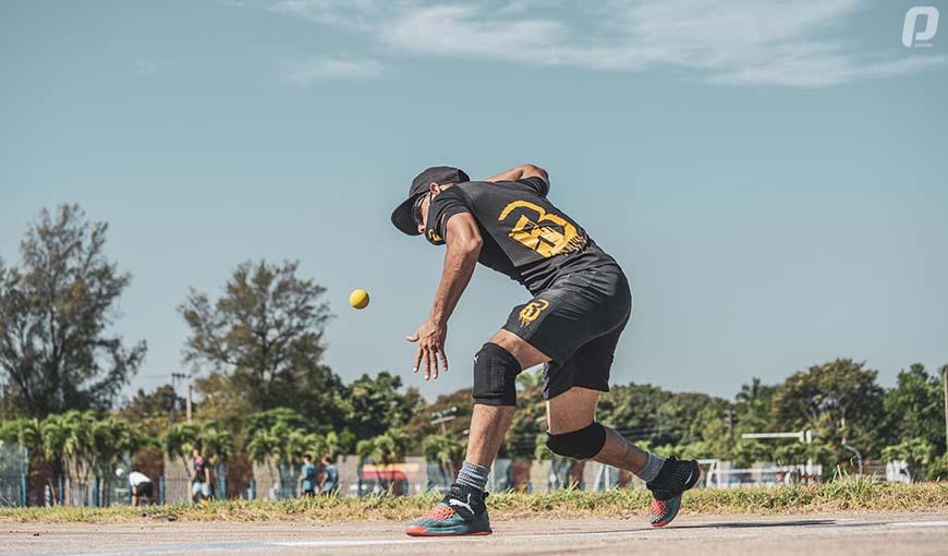 Briandy Molina baseball five en Cuba
