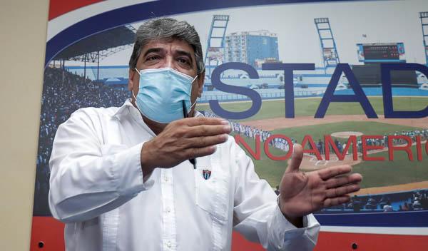 Fallece Ernesto Reynoso, Comisionado Nacional de Béisbol
