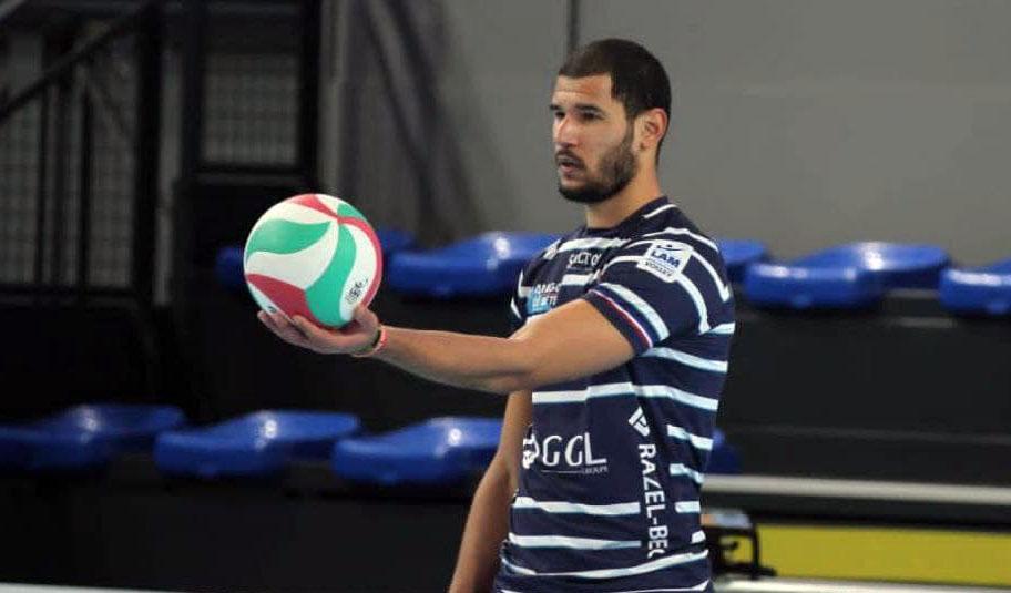 jugador cubano de voleibol Inovel Romero
