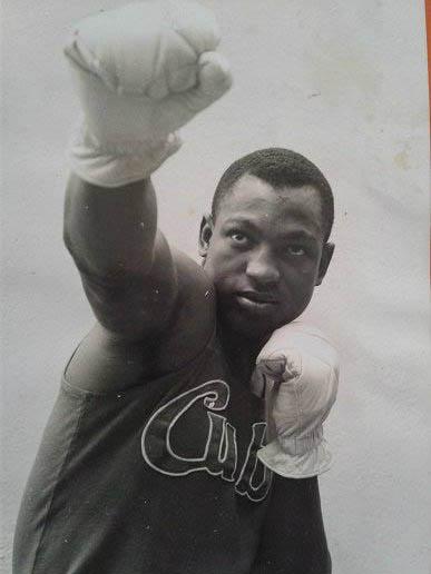 boxeador cubano Rolando Garbey