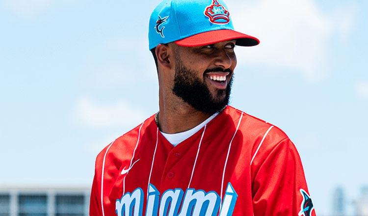 Marlins homenajean a Cuban Sugar Kings con atractivo uniforme