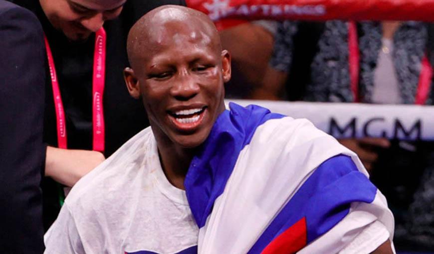 Yordenis Ugás vence a Pacquiao: uno de los éxitos más importantes del boxeo profesional cubano